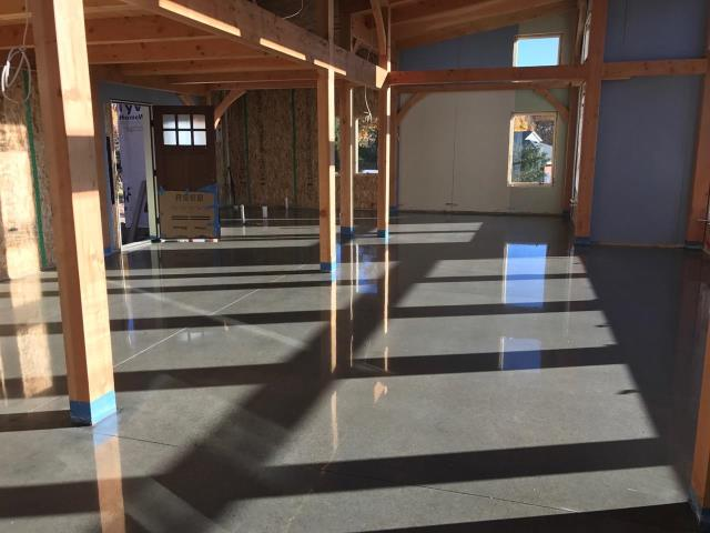 Huntertown, IN - Supremecrete is the leading installer of decorative and polished concrete in the Ohio area. Scientific Concrete Polishing uses science to produce beautiful and long-lasting floors that properly maintained can outlast many other flooring options.
