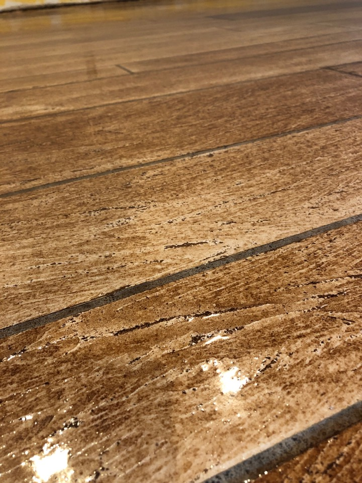 Roanoke, IN - A finished look at our Rustic wood epoxy floor. Near Roanoke Indiana
