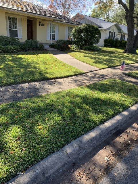 Dallas, TX - Residential mowing and lawn care service next to Whole Foods. Customer is asking the leaves and fallen debris to be picked up off lawn and grass.