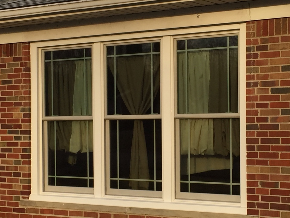 Farmington, MI - New replacement double hung insert windows with prairie grills from Renewal by Andersen. Looks beautiful!