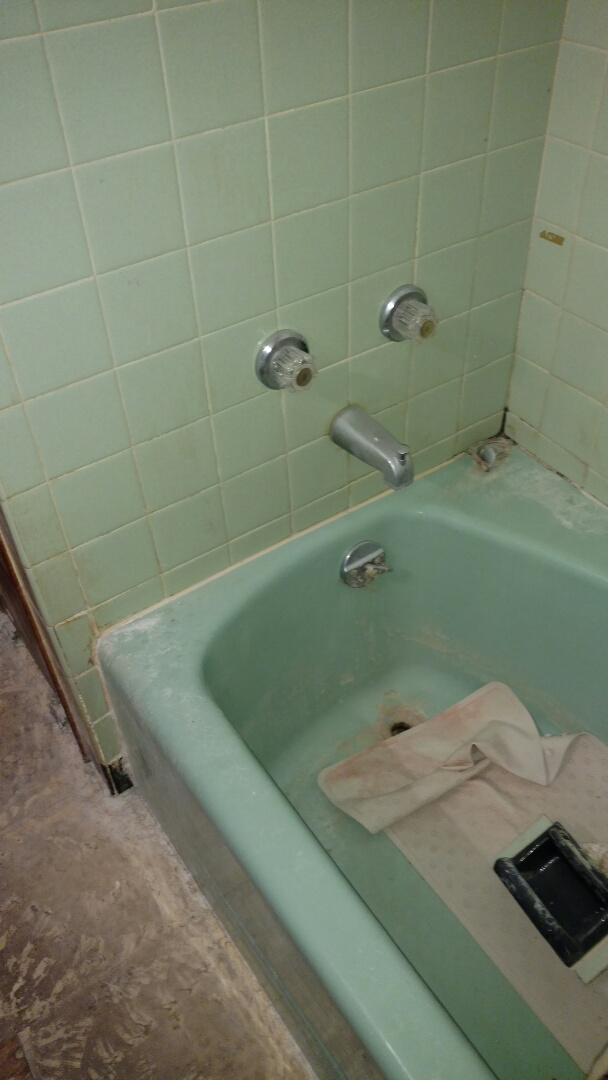 New Holland, PA - We will be replacing this old blue cast iron tub with a beautiful new Re-Bath shower system.