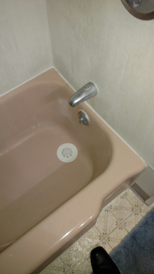 Manheim, PA - Will be changing out this pink cast iron tub with a beautiful new Re-Bath system.