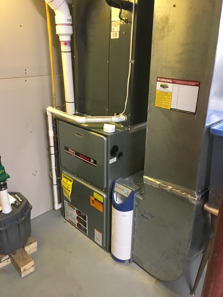 Bel Air, MD - Preventive Maintenance on Ruud gas furnace