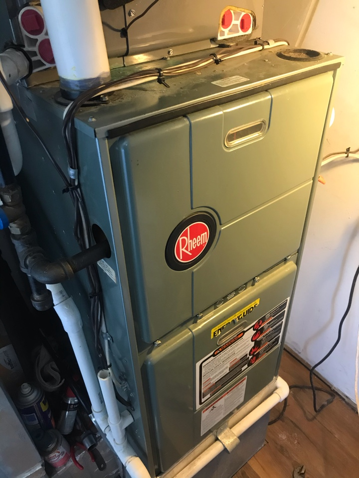 Abingdon, MD - Rheem furnace cleaning