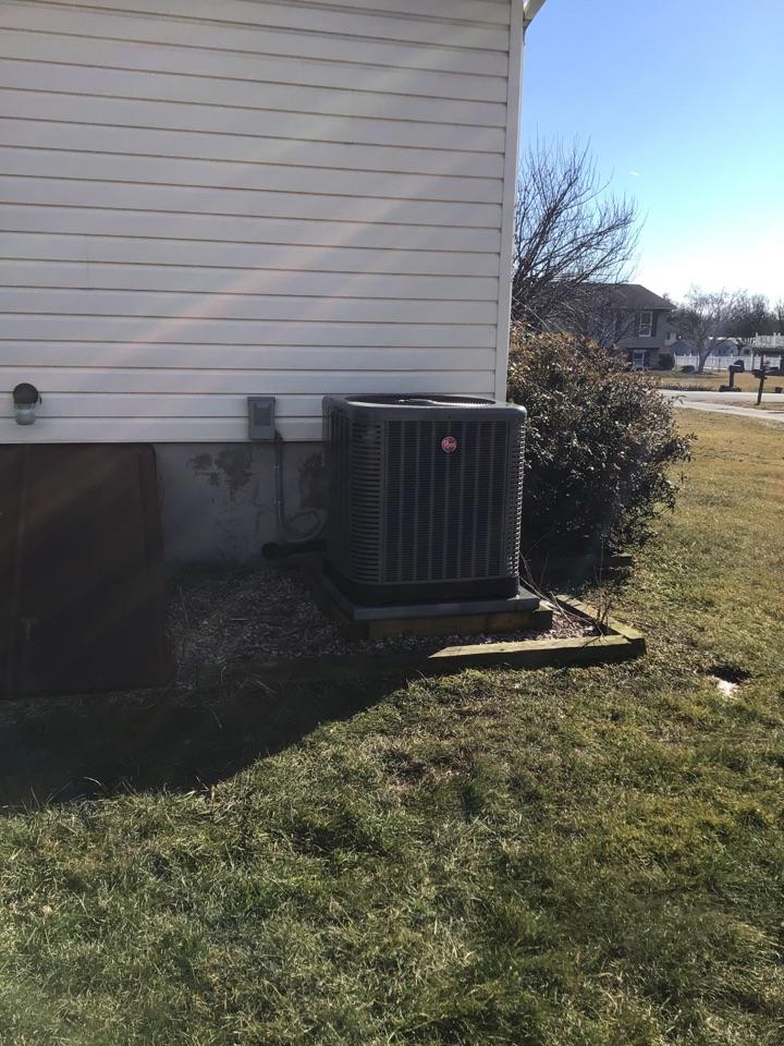 Perryville, MD - Preventive maintenance on Rheem Heat pump