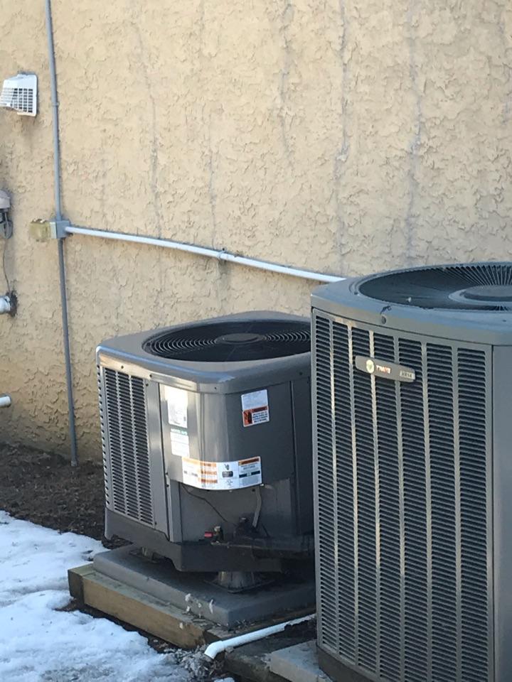 Elkton, MD - Rheem heat pump not heating
