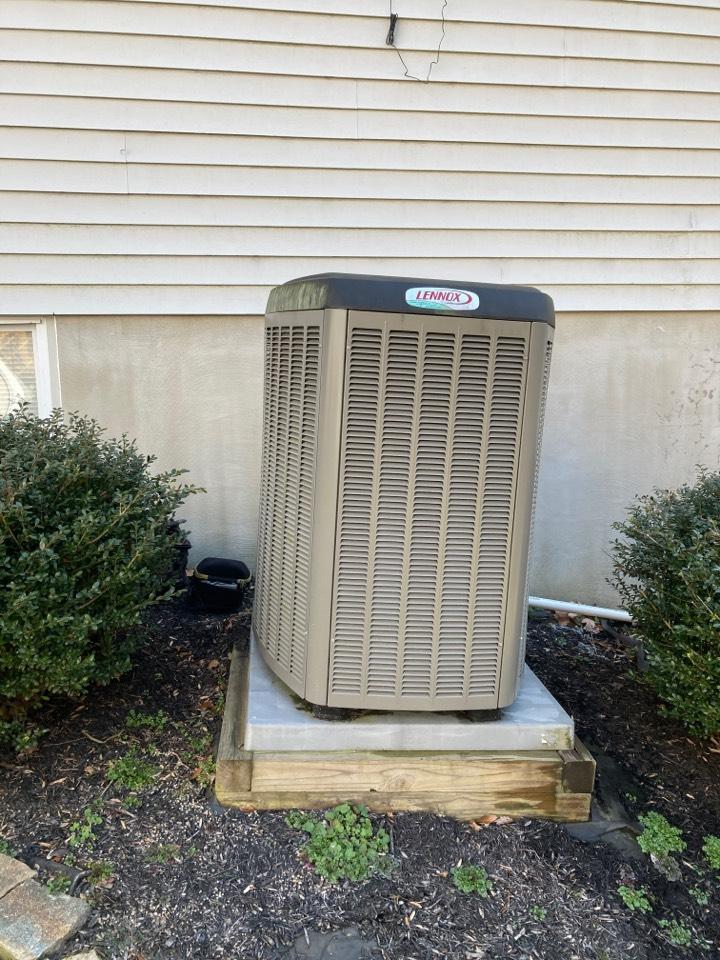 Belcamp, MD - Yearly service Lennox heat pump tune up maintenance