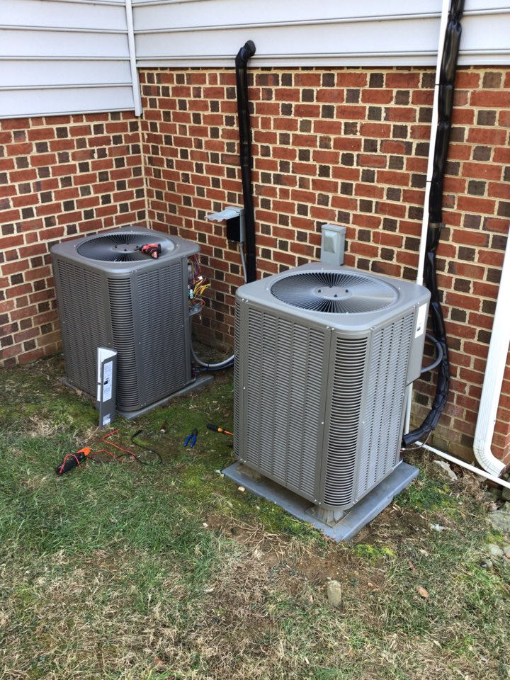 Darlington, MD - Return to replace outdoor condenser fan motor on a Lennox air conditioner