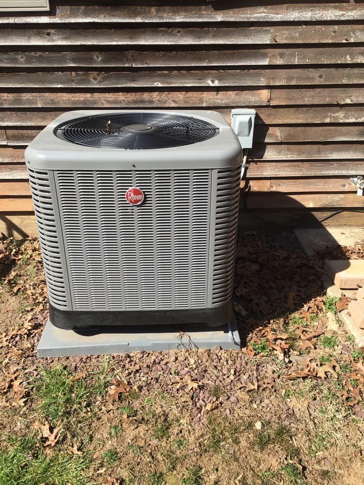 Whiteford, MD - Preventive maintenance on a Rheem Heat pump