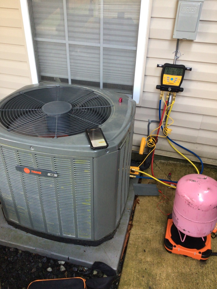 Forest Hill, MD - Leak search on a trane air conditioner
