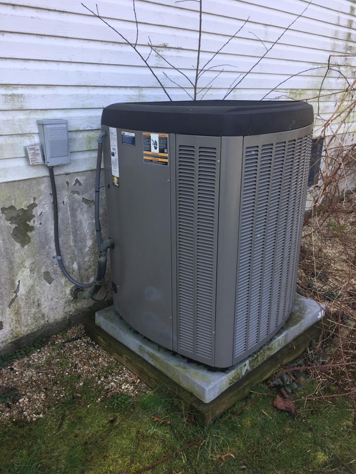 Port Deposit, MD - Preventative maintenance on Lennox air conditioner.