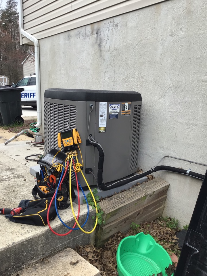 North East, MD - Preventive maintenance on a Lennox air conditioner