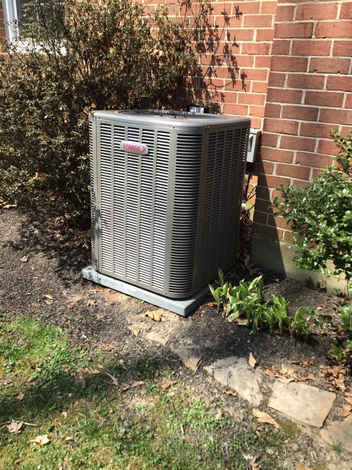 Bel Air, MD - Preventive maintenance on a Lennox air conditioner