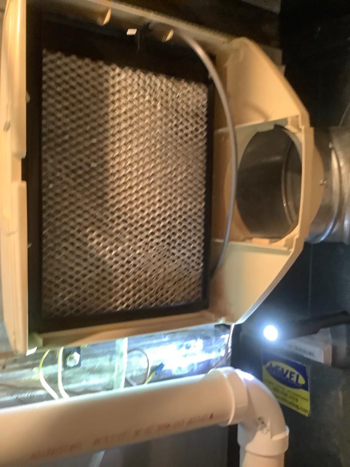 Lutherville-Timonium, MD - Humidifier drain repair