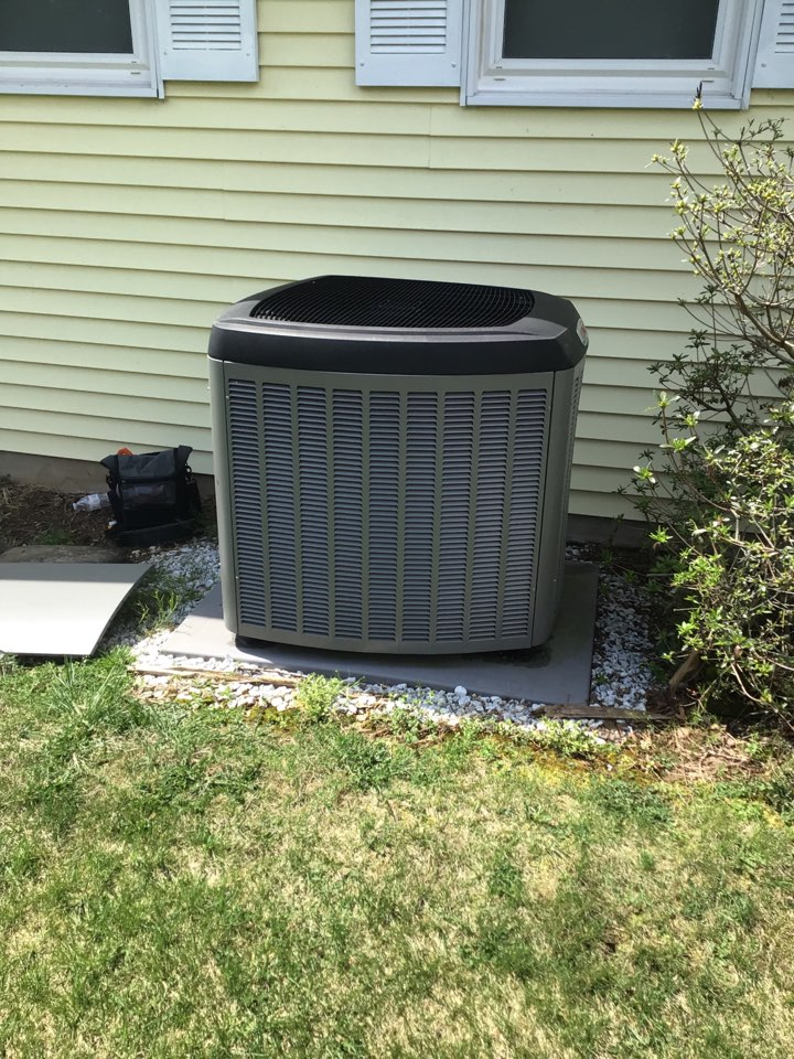 White Hall, MD - Preventive maintenance on a Lennox ac