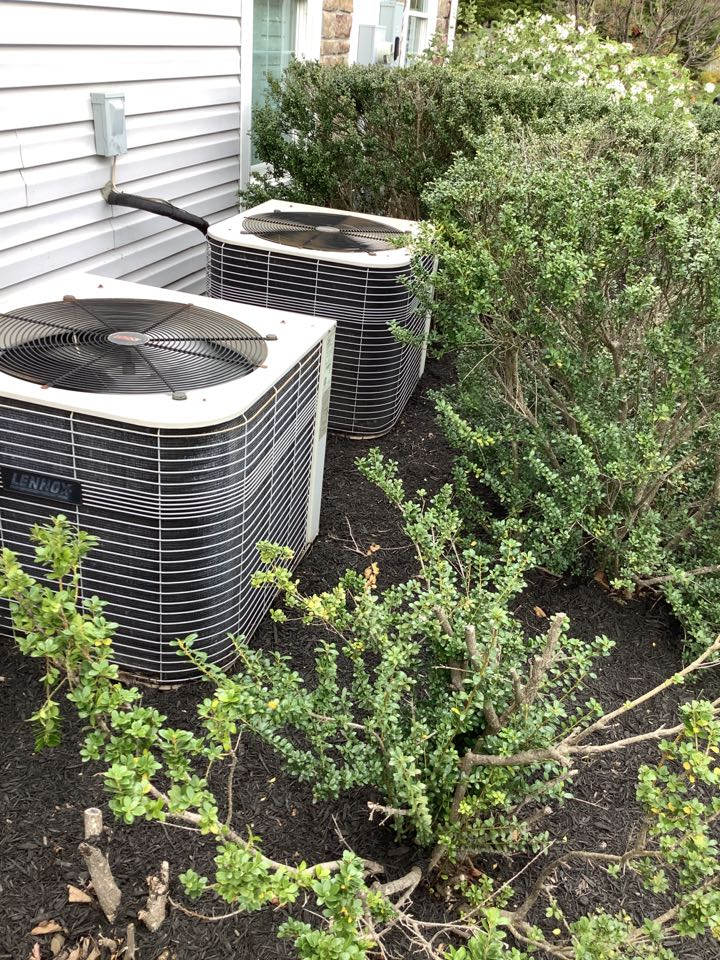 Belcamp, MD - Maintenance a Lennox system. Tune up on an air conditioner