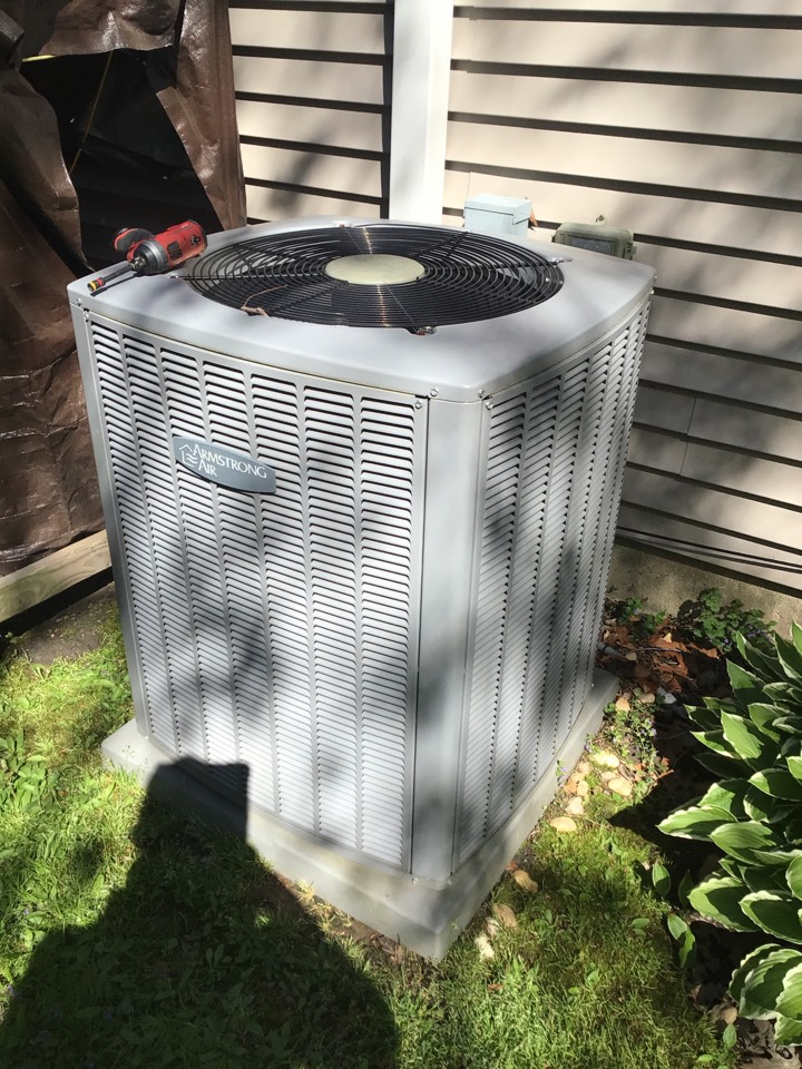 North East, MD - Preventive maintenance on a 7 year old heat pump