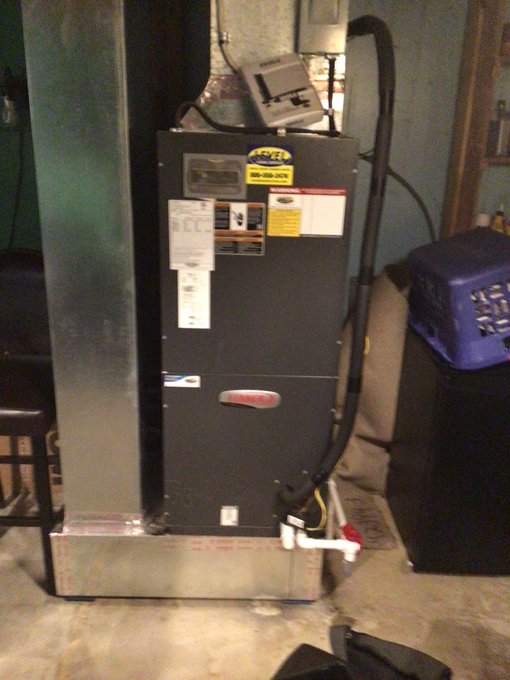 North East, MD - Yearly Service on a Lennox air conditioner