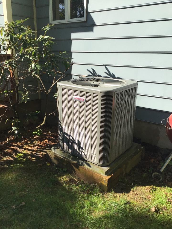 Jarrettsville, MD - Preventive maintenance on a Lennox heat pump