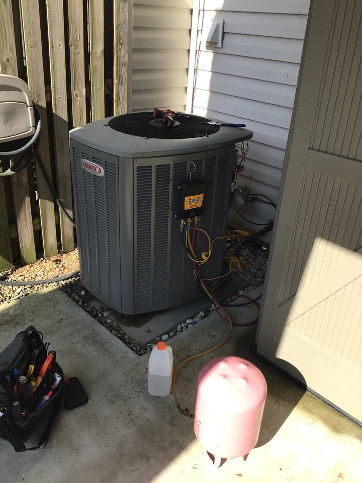 Forest Hill, MD - Preventive maintenance on a 10 yr old ac