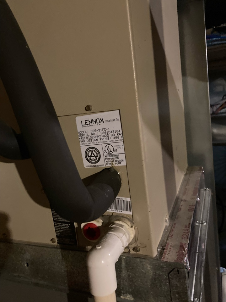 North East, MD - Preventive maintenance on Lennox ac tune up