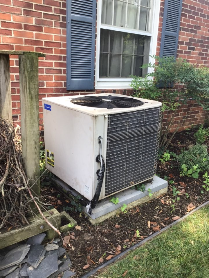 Havre de Grace, MD - No cooling on a 17 yr old Lennox ac
