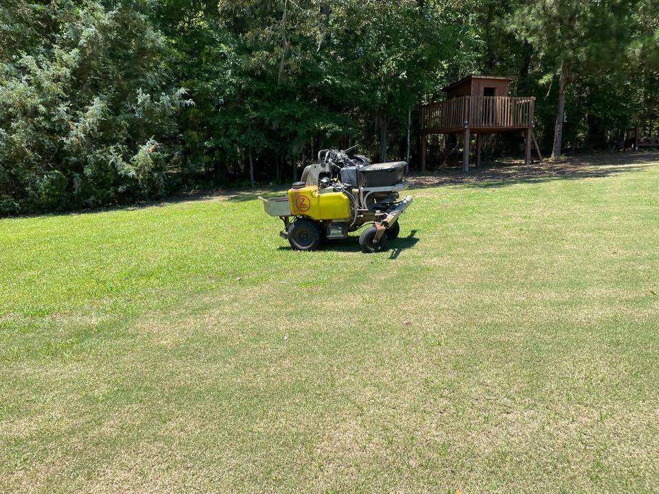Pike Road, AL - Target Exterminating and Lawn Care. Pike road Alabama weed Control and Fertilization company