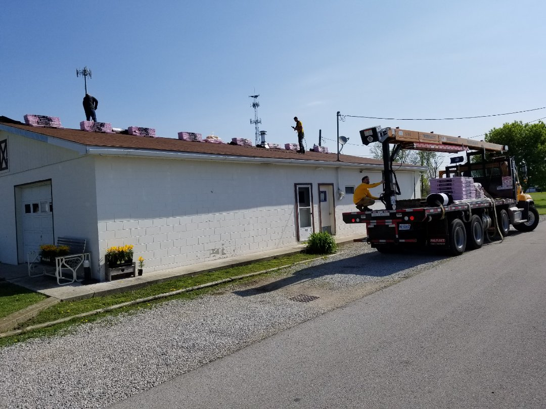 Fostoria, OH - Another Owens Corning Duration roof going on in Fostoria
