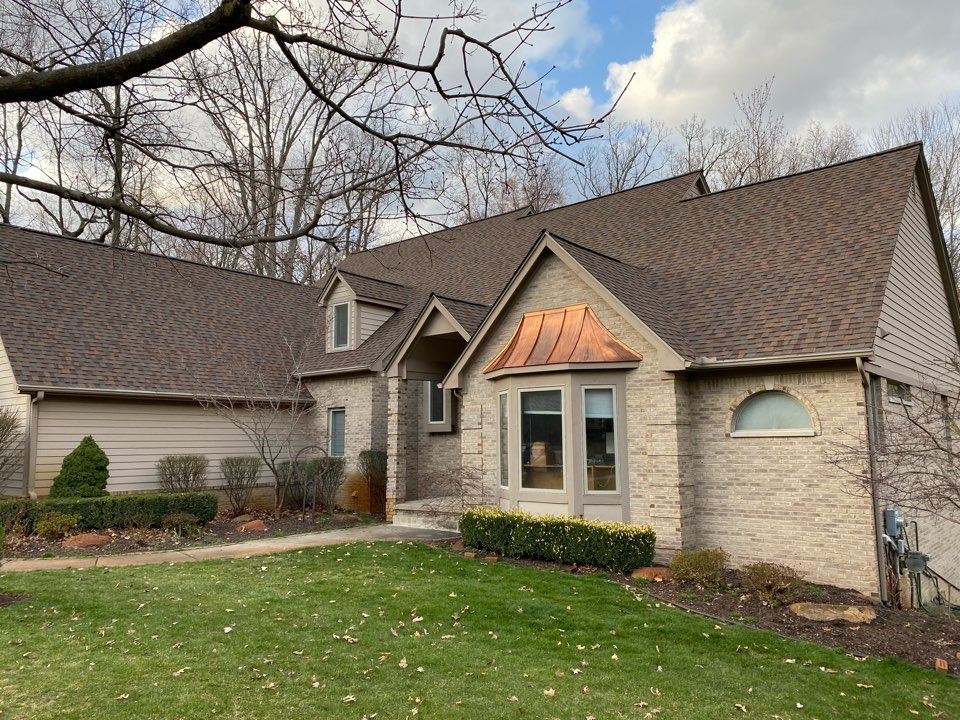 Commerce Charter Township, MI - Completed a CertainTeed Northgate SBS Heather Blend 4 Star warranty roof!  Big and steep one.  The guys worked hard on this and it turned out beautiful!