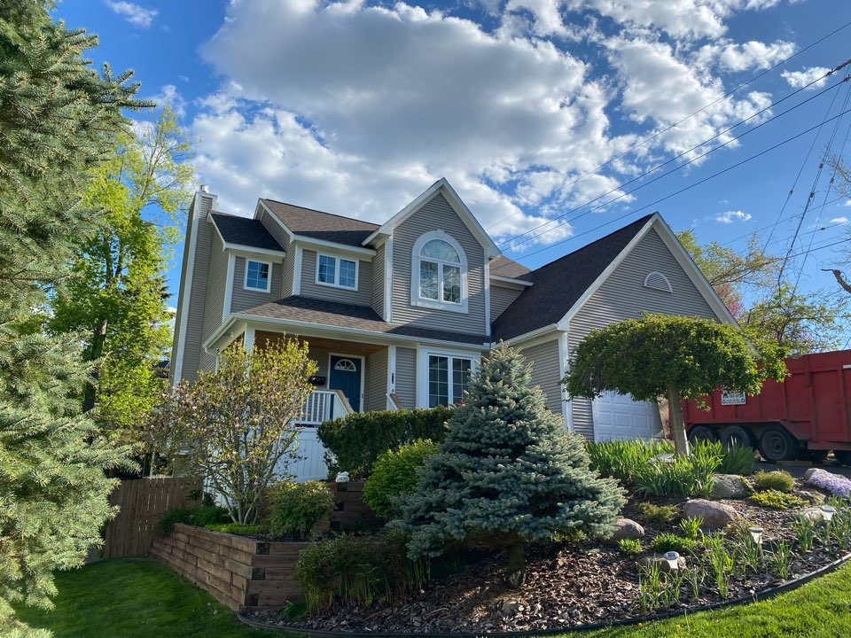 Milford Charter Township, MI - Just finishing up this Certainteed landmark pro Shenandoah install.  Looks beautiful and homeowner appreciates transformation to the look of their exterior.  Long days now, but worth it to see a great finished result
