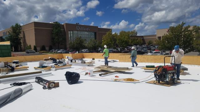 North Little Rock, AR - Tacos 4 Life  60 Mil PVC Flat Roof system being installed.