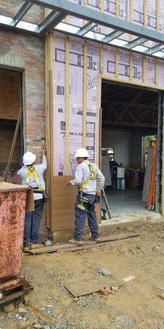 North Little Rock, AR - Tacos 4 Life  - Installation of NewTechWood composite siding