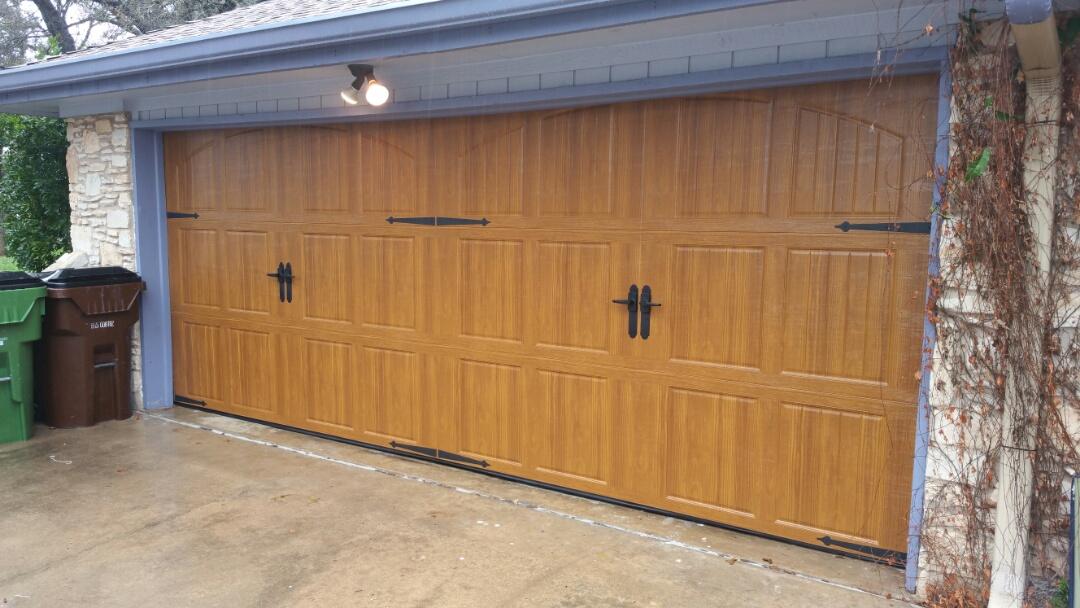 Round Rock, TX - Garage Door install Round Rock, TX. Installed a new garage carriage style garage door.