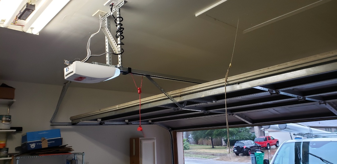 Pflugerville, TX - Genie garage door opener had a bad circuit board.  Replaced with a marantec 260 synergy belt drive model.