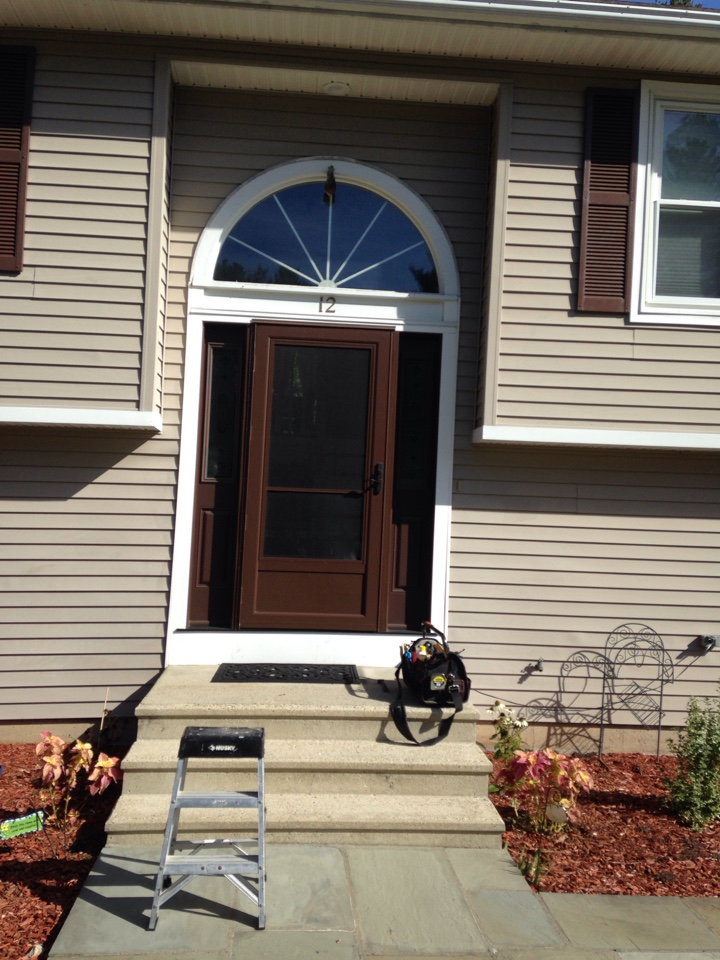 Shrewsbury, MA - Renewal by Andersen Boston adjusting storm door