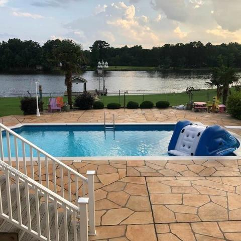 Jacksonville, FL - This system is superior to traditional stamped concrete for many reasons. One being Grand Flagstone is completely customizable. You will not get the repeating patterns that you see in traditional stamped concrete.