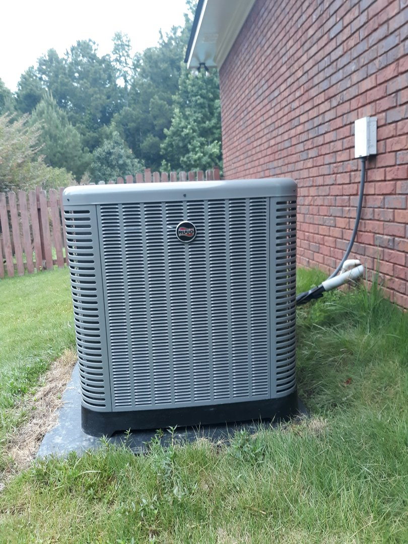Phenix City, AL - New ac install.  Ruud heating and air system.  Heat pump unit. Ceiling protection.  Extended warranty.