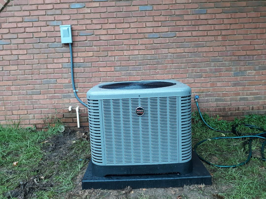 Columbus, GA - New heating and air system install. High efficiency Ruud ac and heat. Thermostat wiring. Safety upgrade.
