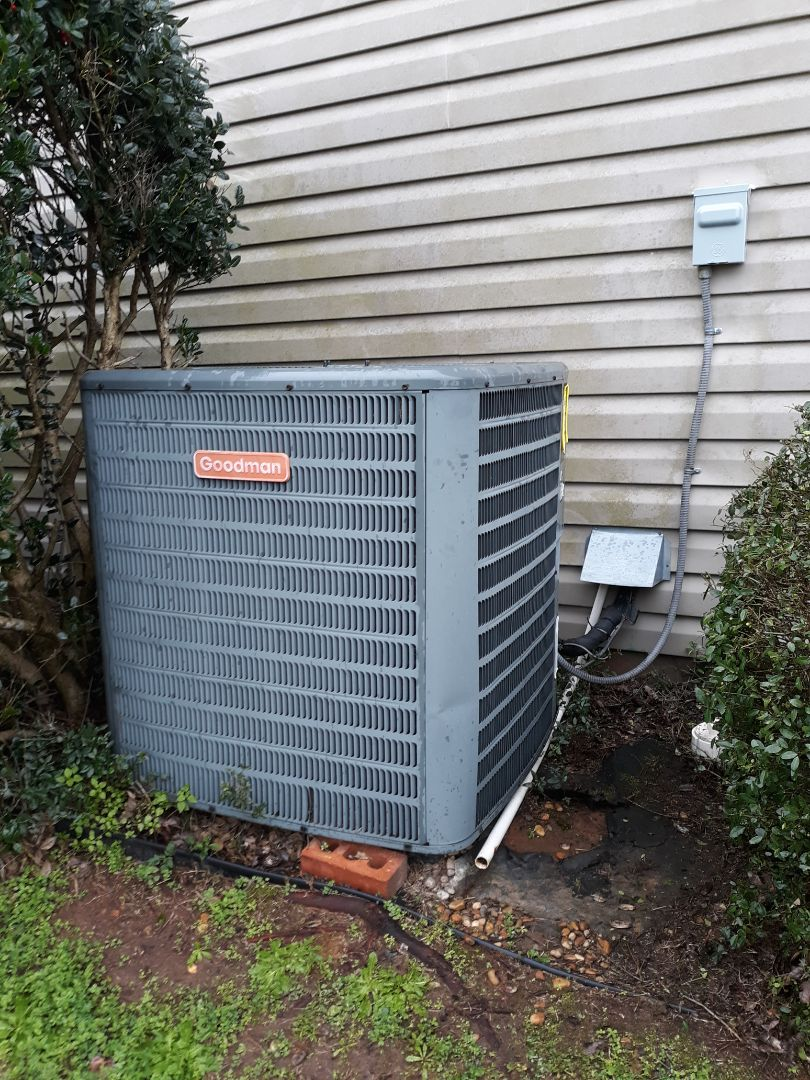 Fort Mitchell, AL - Goodman heat pump repair. Electrical safety replace