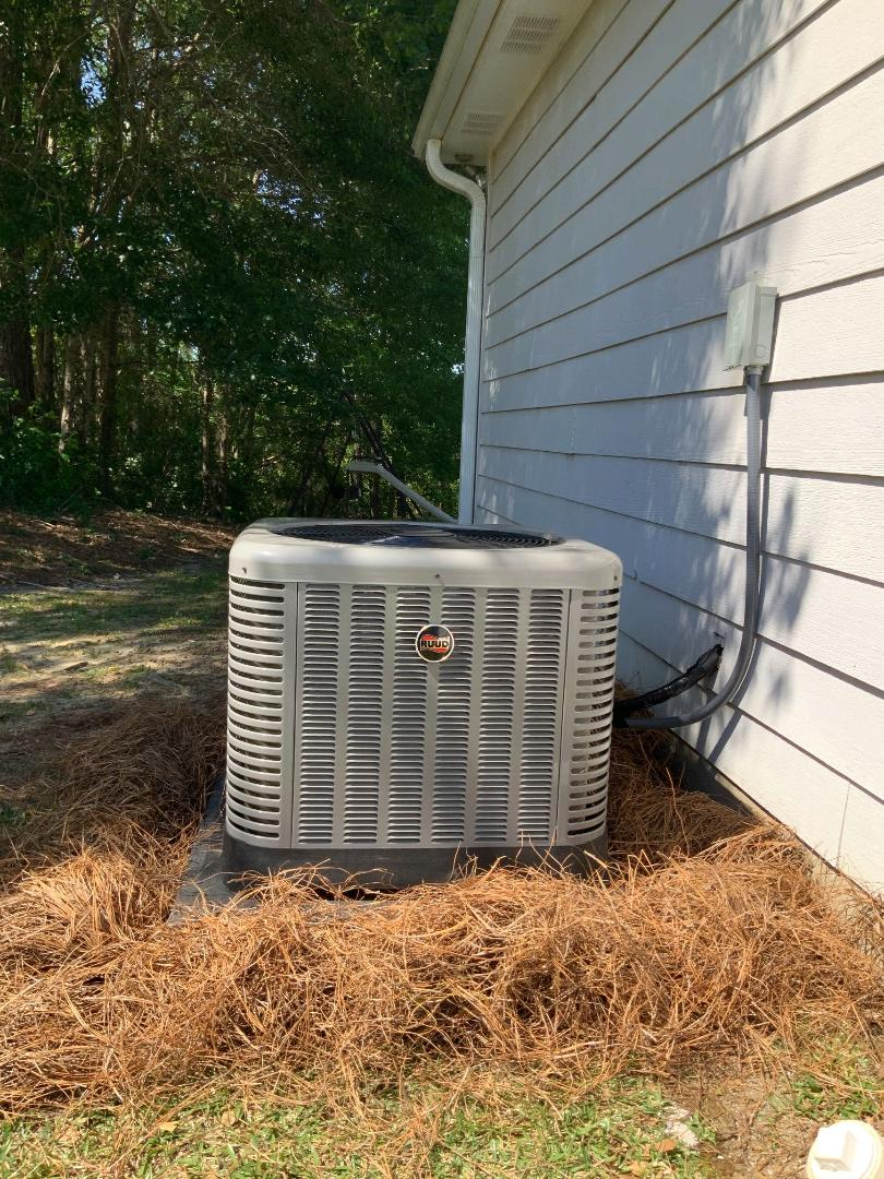Phenix City, AL - New Ruud high efficient heating and cooling system install.