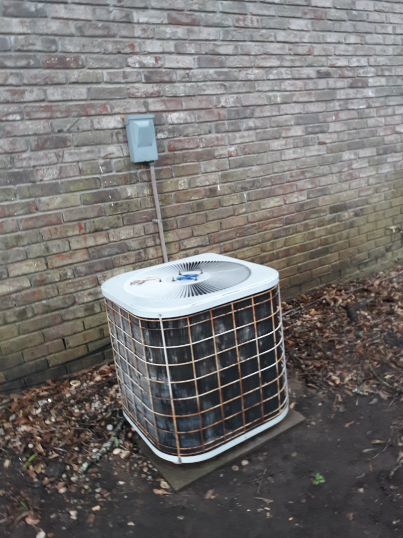 Smiths Station, AL - Unit needs service for home inspection.  Heil air conditioner maintenance. This old system makes it another year because of maintenance.