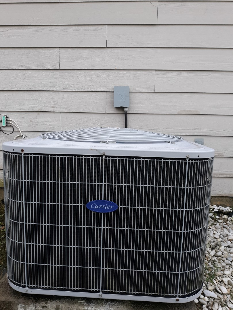 Columbus, GA - Hvac repair.  Carrier air conditioning repair.  Water dripping.  Freon low.  System now cooling.