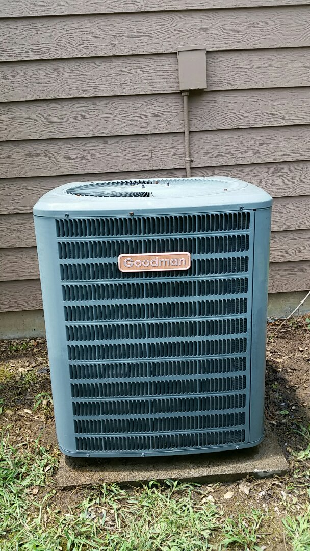 Smiths Station, AL - Performed maintenance to Goodman ac system.  Preformed ac repair on heat pump system.
