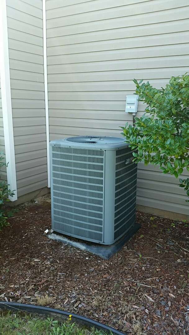 Fort Mitchell, AL - Amana air conditioner repair.  Drain line flush and treatment.