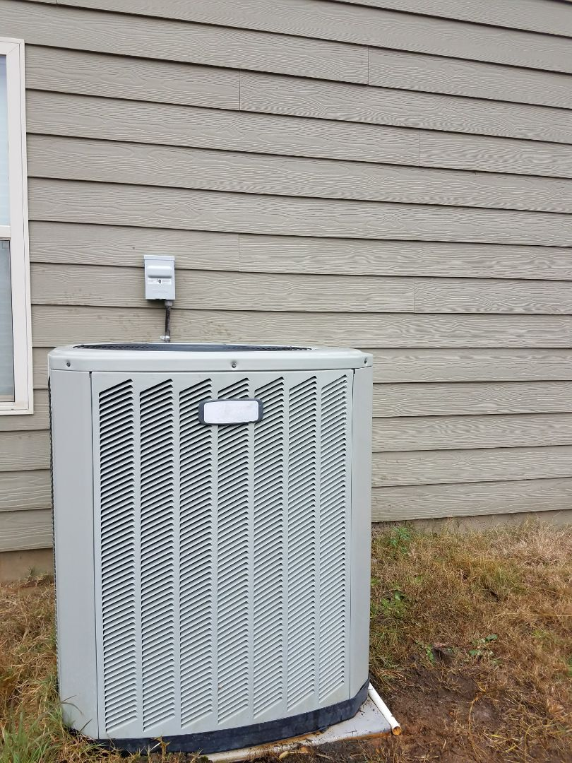 Phenix City, AL - Service call Trane heat pump  repair defrost system seasonal maintenace extended warranty