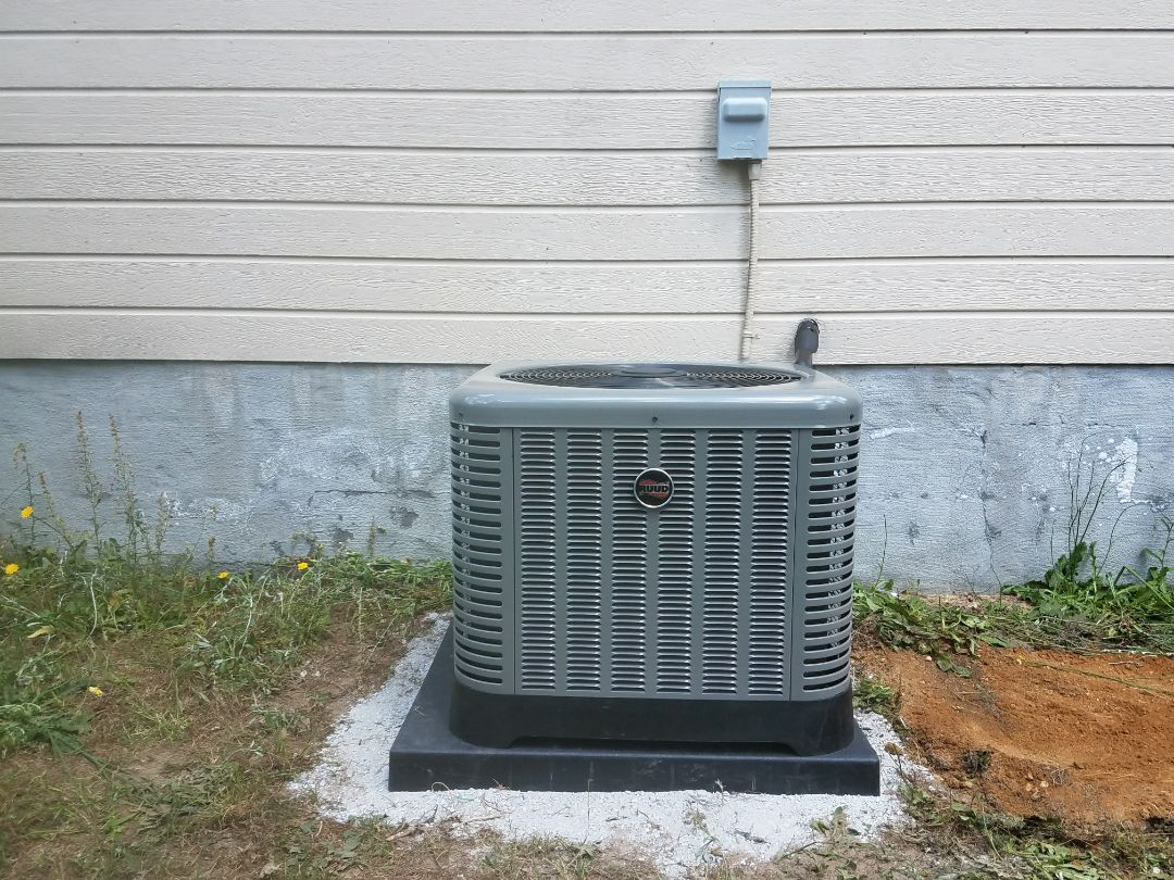 Phenix City, AL - New Ruud heat and air system.  Free estimate.  Extended warranty.  New thermostat. Water Removal Safety System.
