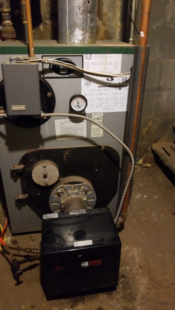 Huntington Station, NY - Annual tune up on a Peerless boiler with a Riello burner
