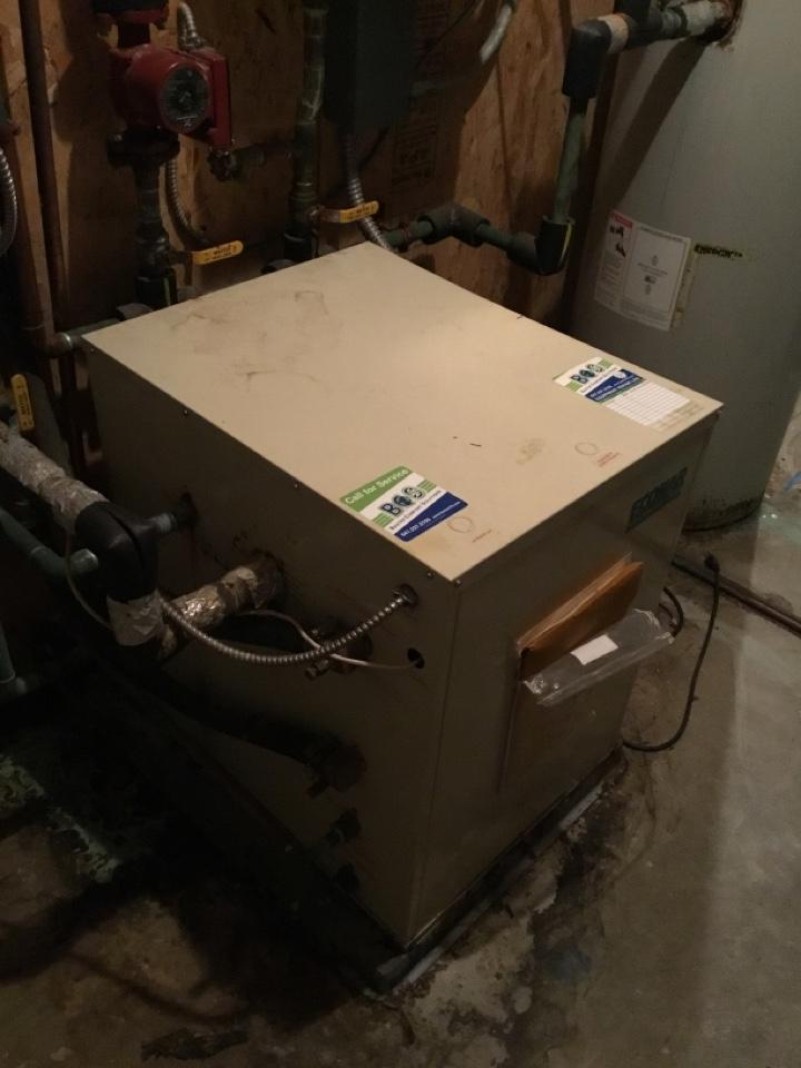 Mitchellville, IA - Econar geothermal heat pump floor heat repair
