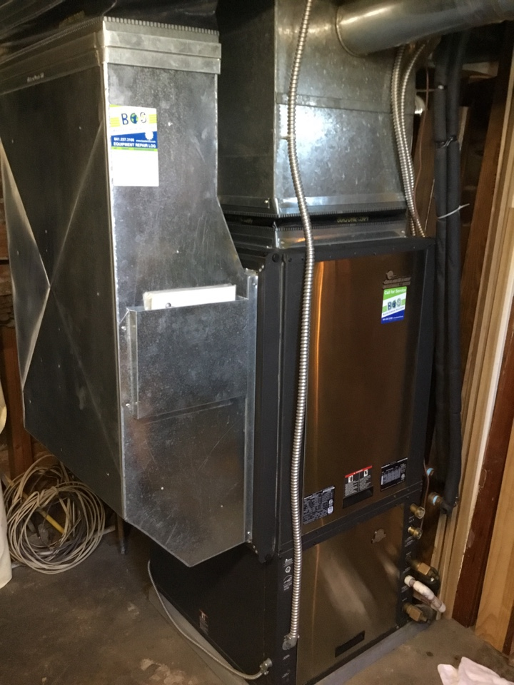 Gilman, IA - ClimateMaster geothermal heat pump maintenance no repair