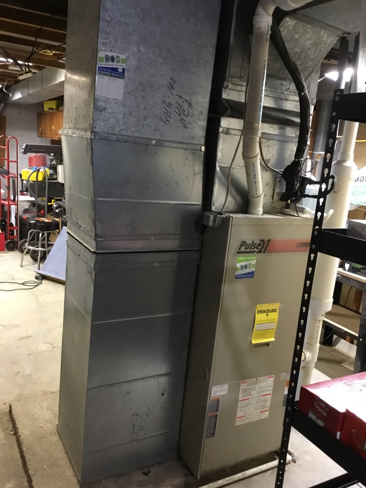 Marshalltown, IA - Lennox furnace maintenance no repair